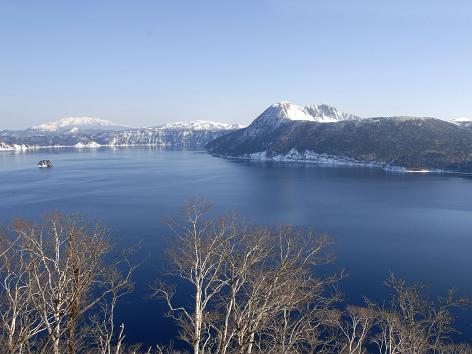 Lake Mashu © Hokkaido Tourism Organization / © JNTO